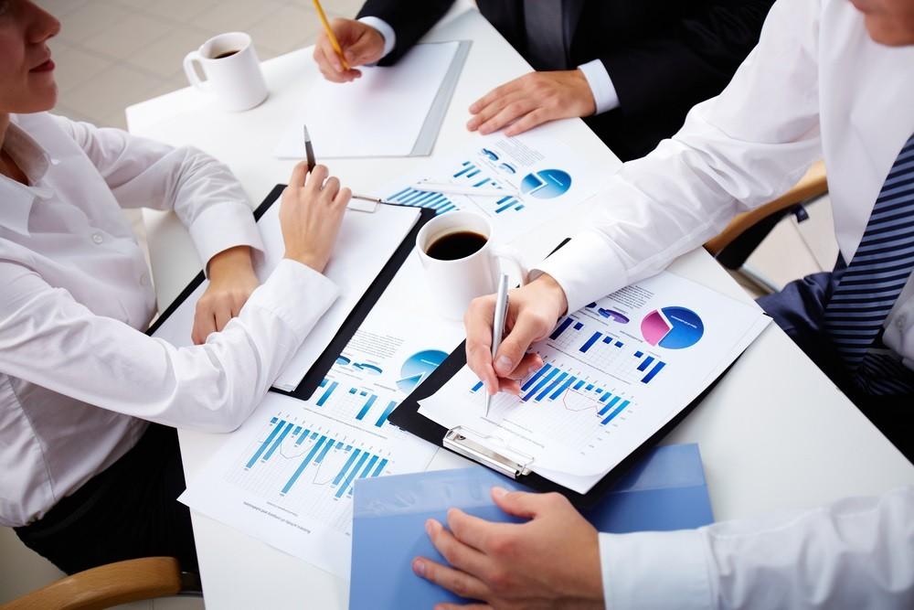 Диверсификация – это, простыми словами, распределение угроз посредством расширения типов работы, апробации новых областей и сфер задействования знаний, резервов, финансов.