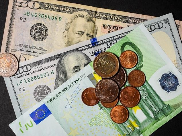 Трейдеров всего мира интересует курс валют, ведь именно на этом базируется их основная прибыль.
