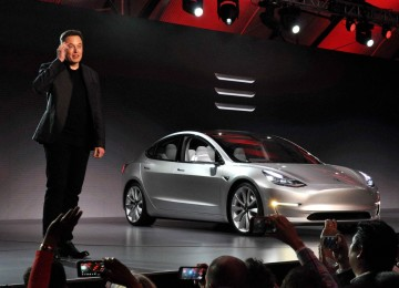 На чём зарабатывает Илон Маск?